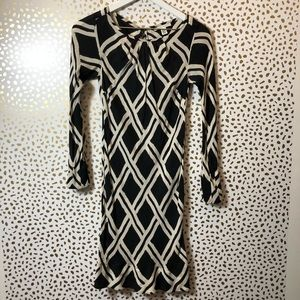 BANANA REPUBLIC black + white print silk dress OOP